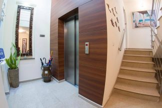 Mesogios House Suites Larnaca, Cyprus Lift