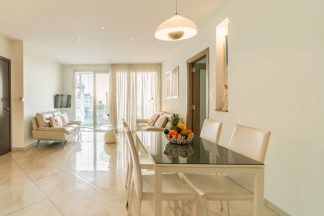 Superior Two Bedroom Apartment With Sea View and Spa Bath